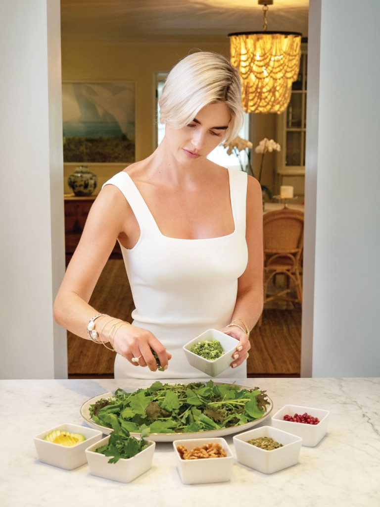 Ivey makes an anti-inflammatory salad together.