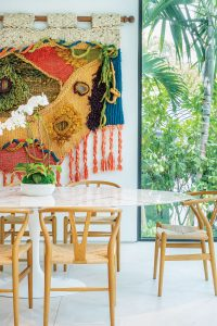 Maria Buccellati's colorful Palm Island home. Photography by Jerry Rabinowitz 34139_sh